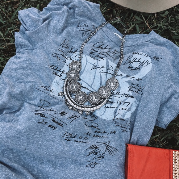 Abercrombie & Fitch Tops - Pink Floyd autograph tee